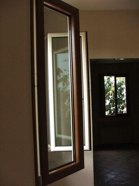 Montaggio-finestre-in-alluminio-modena