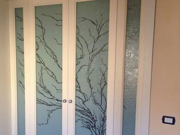 Produzione-vetrate-artistiche-per-ufficio