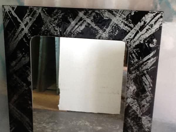 Specchi-decorativi-a-parete-maranello